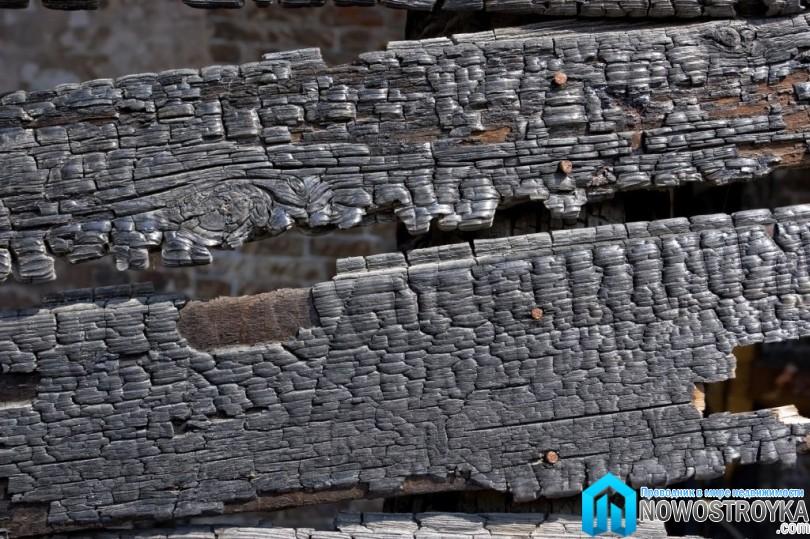 Защита деревянной крыши от огня